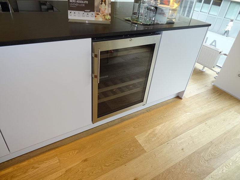 05 Küche NEXT Weinkühlschrank   Almhofer News